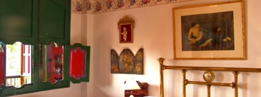 Habitaciones con cama doble. Fuente: haciendalacabana.com